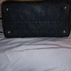 Michael Kors Bags - Michael Kors Greyson Large Satchel